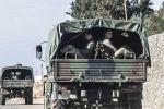 بالصور.. المدرعات التركية تتدفق صوب الحدود السورية
