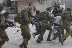الاحتلال يعتقل 19 مواطناً من الضفة بينهم ستة فتية