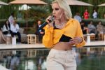كزينة تحتفل بكليب عملها الجديد Move في حفل Oriental Fashion Show