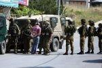 اعتقال قرابة 30 شاباً من مخيم العروب خلال حملة عسكرية كبيرة