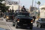 الامن الفلسطيني يصيب 4 شبان بإطلاق نار على مركبتهم في نابلس