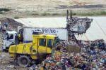 في تقرير لمركز معا: غزو النفايات الإسرائيلية الخطرة لأراضي الضفة الغربية لم يتوقف