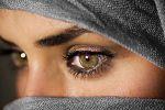 حلل شخصية الآخرين من حركة عيونهم