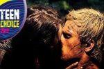 قبلة جنيفر لورانس وجوش هاتشرسون هي الأفضل في عام 2012
