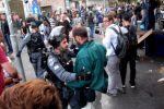 إصابات واعتقالات بمواجهات في باب العامود بالقدس