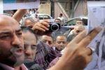 إلهام شاهين ترد على صور عبدالله بدر العارية