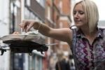 مطعم يقدم الأكل للزبائن عبر طائرات كبديل للجارسونات