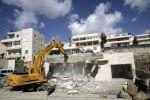 الاحتلال يهدم منزلا في القدس لصالح شارع استيطاني