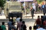 ارتفاع عدد مصابين قوات الأمن المصرية إلي 99 وهدوء حذر يسود محيط السفارة الأمريكية بعد ليلة من الاشتباكات