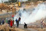 إصابة مواطن بجروح واعتقال مصور صحفي في مسيرة بلعين