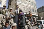 الحوثيون يطالبون بدمج مسلحيهم في الجيش