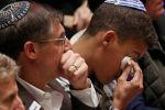 يهود يحملون ترامب مسؤولية الهجوم.. ولن يرحبوا به في بيتسبرغ
