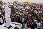 محتجو السودان: لن نفض الاعتصام قبل 'تسليم السلطة'