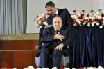 بوتفليقة يؤكد استمراره في الحكم رغم المرض