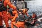 'فقدان' 190 شخصا في غرق عبّارة في بحيرة عميقة للغاية بجزيرة سومطرة الإندونيسية