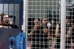 خطوات تصعيدية يبدؤها الأسرى غدا والسجون قد تشهد انتفاضة