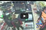 فيديو صادم: أمريكان يدهسون على جثة قتيل داخل سوبر ماركت