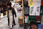 كتب راسم عبيدات:تجار البلدة القديمة في القدس...معانيات وهموم