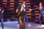 ديلى ميل: فستان هيفا وهبى العارى أظهر الانقسام الأخلاقى العربى