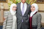لاجئتان سوريتان في ضيافة أوباما.. تبتكران مادة كيميائية تعالج سرطان الثدي