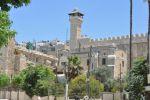 اكثر من 15 الف أدوا صلاة الفجر في الحرم الابراهيمي
