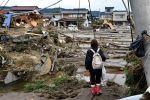 ارتفاع حصيلة قتلى السيول في اليابان إلى 10