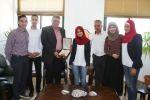 جامعة القدس تمثل فلسطين في مناظرات قطر وتحصل على اعلى المراتب