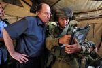 يعالون يفتح النار على نتنياهو: قدّم استقالتك