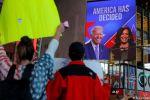 بايدن يضمن الأغلبية رسميا بالمجمع الانتخابي وترامب يواصل إنكار الهزيمة