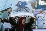 قوى سياسية ومؤسسات أهلية يطالبون (الأونروا)  بالتراجع فوراً عن قرارات فصل الموظفين..