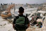خلال يومين.. الاحتلال هدم 16 محلاً تجارياً في مخيم شعفاط