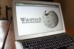 ويكيبيديا: 'المال مقابل التلميع'