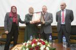 جامعة النجاح الوطنية تكرم افضل معلمة في العالم الفلسطينية حنان الحروب