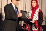 التربية تهنئ الحروب بفوزها بجائزة المرأة العربية للعام 2016