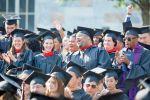 أمريكا:ديون الطلاب تذكر الأمريكيين بالقروض العقارية السامة