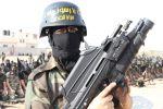 صحيفة عبرية: لماذا تريد السلطة السيطرة الكاملة على أسلحة غزة وأمنها؟