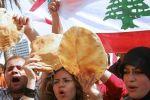 لبنان.. رغيف الخبز «التائه» بين السياسة والاقتصاد