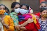 الهند تسجل زيادة قياسية في وفيات كورونا اليومية مع استمرار ارتفاع الإصابات