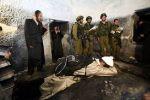 إصابة ١٣ شابا بالرصاص الحي والمطاط أثناء اقتحام مستوطنين لقبر يوسف في نابلس