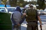 الاحتلال يصادر اسلحة ويعتقل شابين في ابوديس