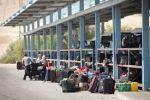 الاحتلال يمنع 14 مواطنا من السفر