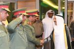 أمير الكويت يدعو الحرس لأخذ الحيطة والحذر