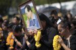 طبول و90 مليون دولار في 'بروفة الجنازة' لملك تايلاند الراحل