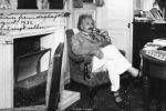 أينشتاين كره الجوارب و أدمن السباغيتي.. هل أثَّرت عاداته الغريبة على طريقة فهمه للكون؟