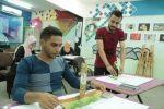 اللاجئون الفلسطينيون الشباب: إبداعٌ يتخطى الحدود