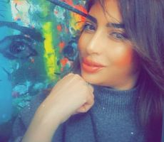 الفنانة التشكيلية كريمة ديلينا : لوحاتي خليط بين الحب والتسامح .. عبد المجيد رشيدي