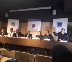 باريس تبحث في تحديات المسار الديمقراطي بتونس
