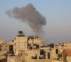 قصف إسرائيلي على مواقع وأراض في غزة يوقع دماراً بممتلكات المواطنين