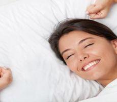 العلم يكشف ماذا يفعل نوم القيلولة بـ'مخ الإنسان'؟