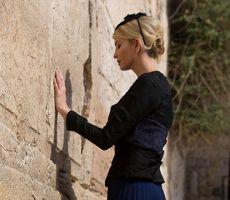 إيفانكا ترامب، ليست يهودية؟ ...ترجمة توفيق أبو شومر